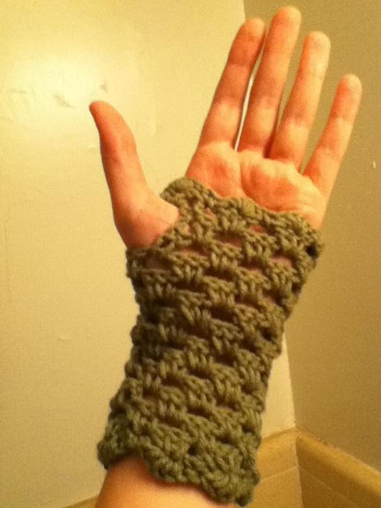 Paarisian Mitts by Debbie Stoller Stitch Nation
