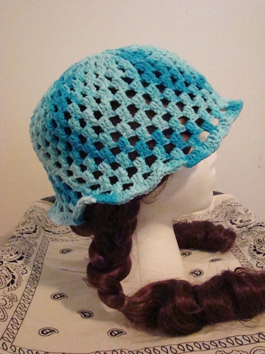 Side 2 of Blue Sun Hat