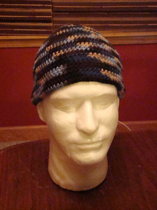 Front view of blue/brown beanie